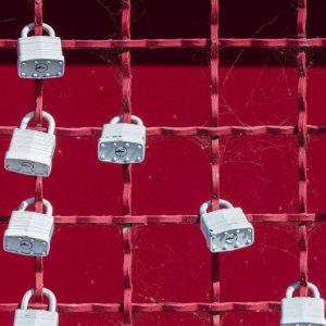 Bild von angebrachten Sicherheitsschlössern